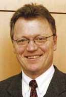 Dr. <b>Eberhard Sandschneider</b>, Professor am Fachbereich Politik- und ... - dekan_sandschneider