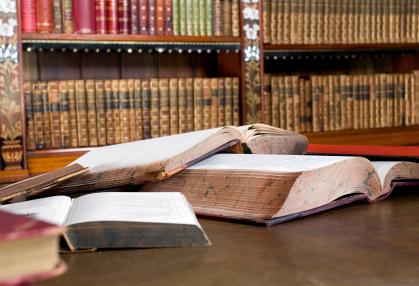 bookshelf.jpg (192346 Byte)