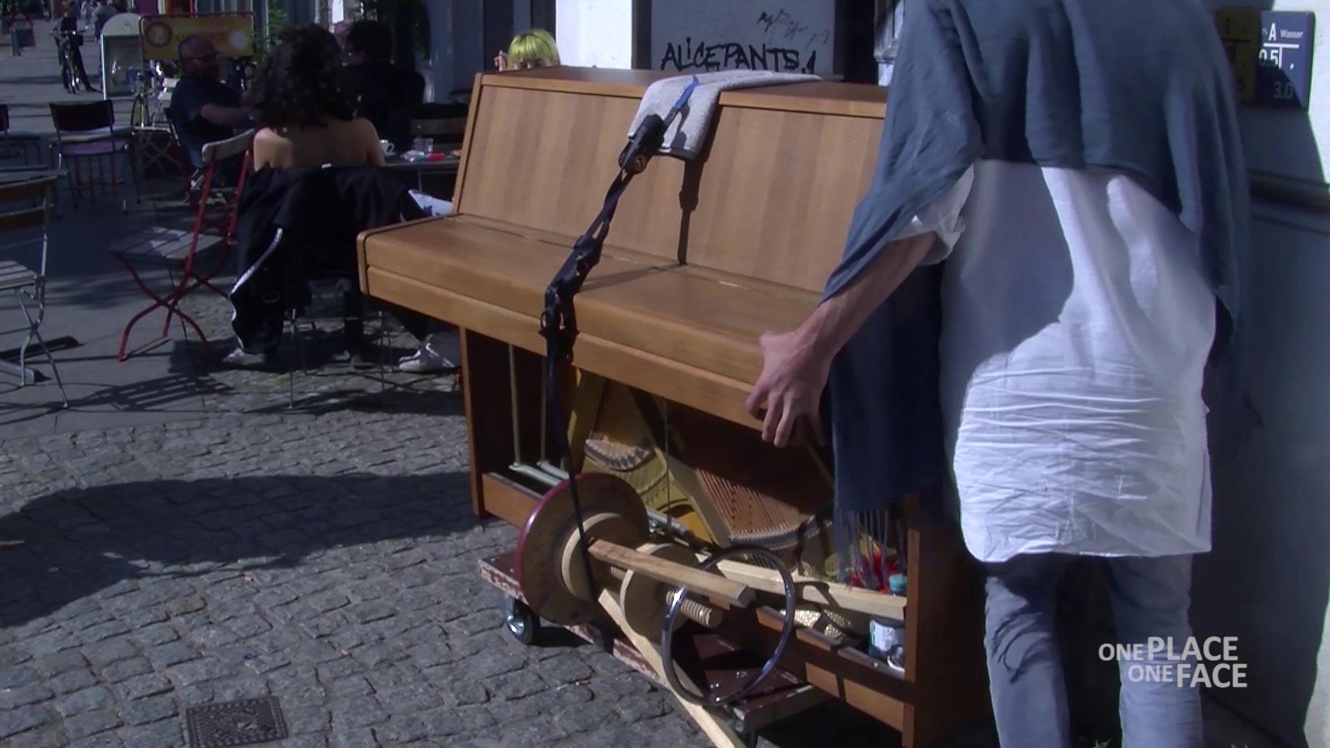 Straßenmusik in Berlin: Der Platz wird knapp (Video)